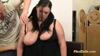 Den Schwanz mit Katie Morgan gut in ihre Scheide stecken