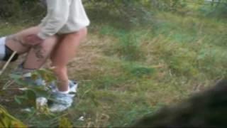 Ein deutsches Paar fickt bei germanporn auf dem Feld