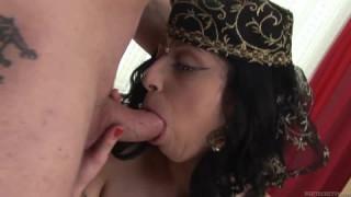 Die indische Frau Amala fickt gerne bei indian porn
