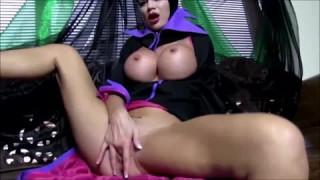 Jasmine Jae spielt gerne mit sich selbst bei pornogrund